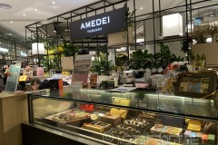 Amedei's chocolate booth in Bella Vita mall