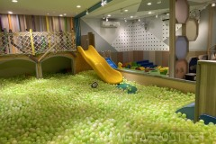 Inside ball pit and slide